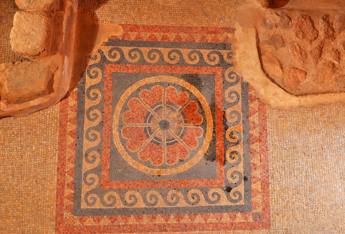 Замковая мозаика