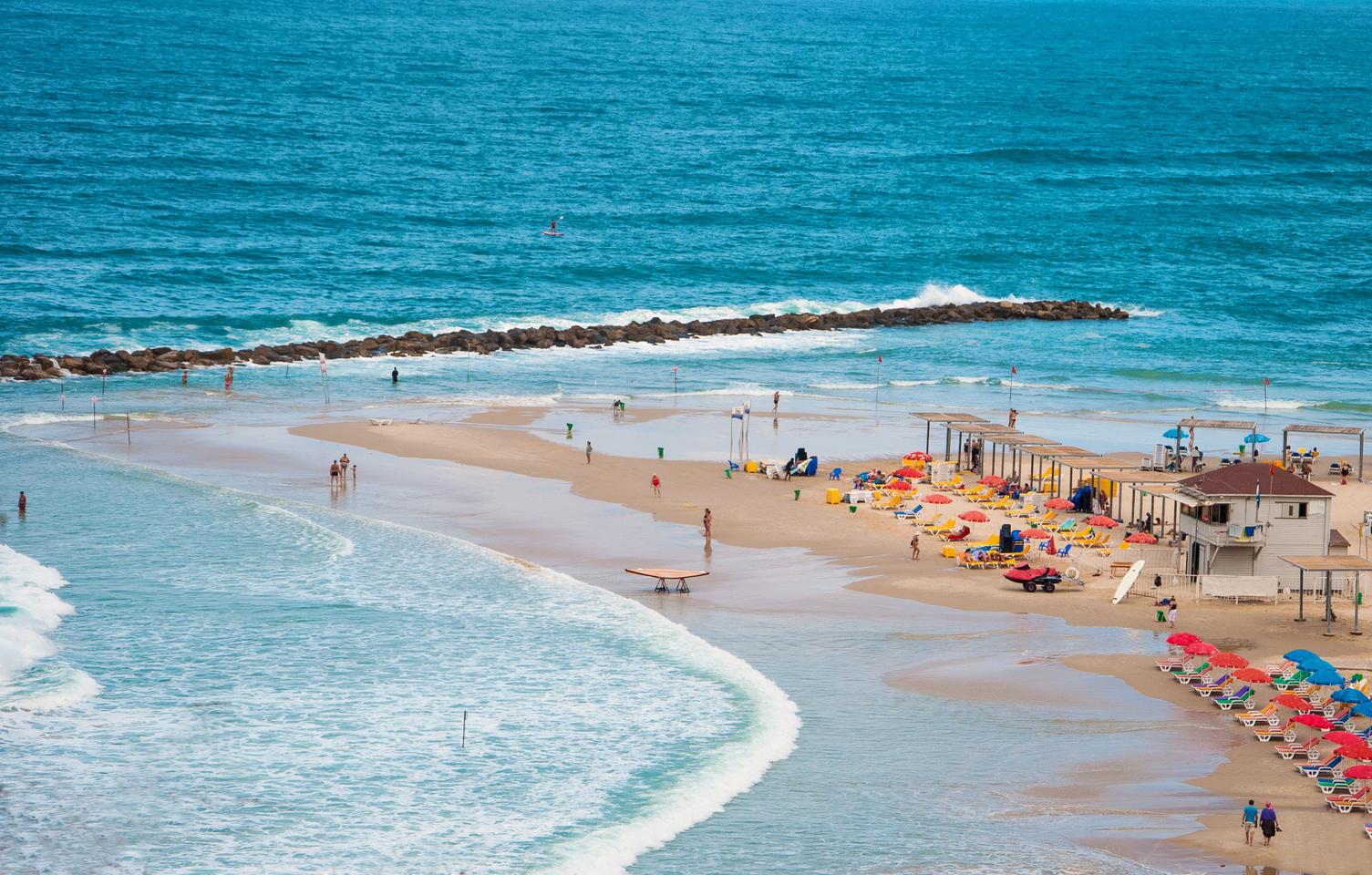 Пляж Сиронит Бет