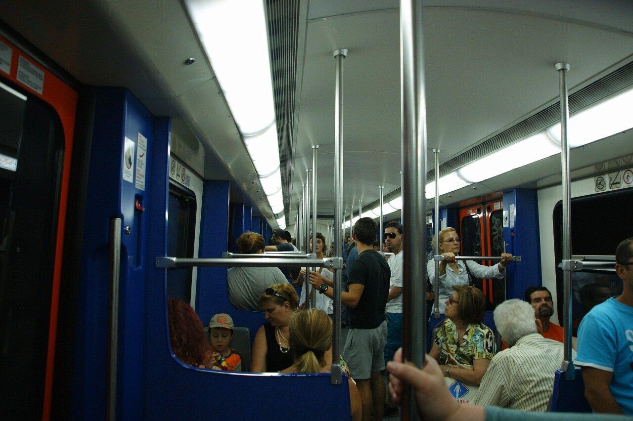 Комфортное метро Афин