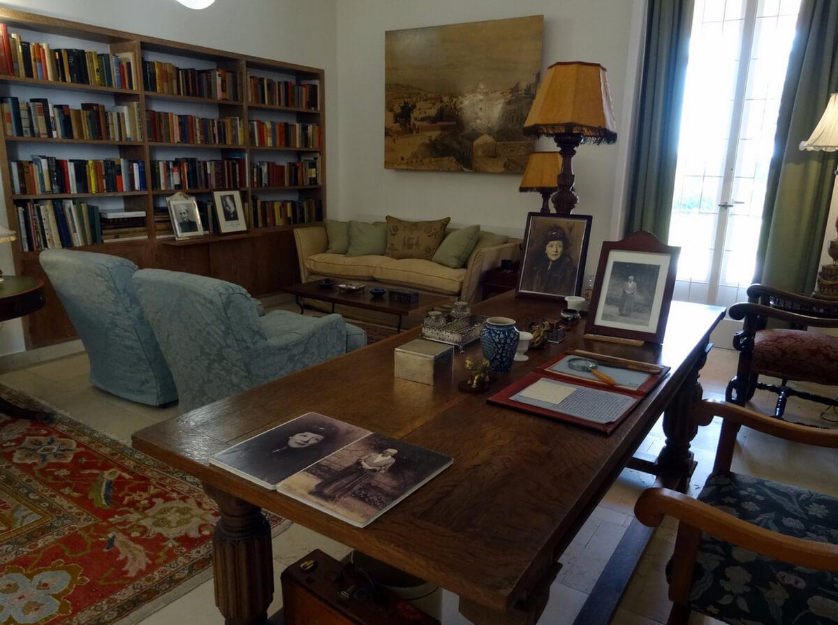 В доме Weizmann House