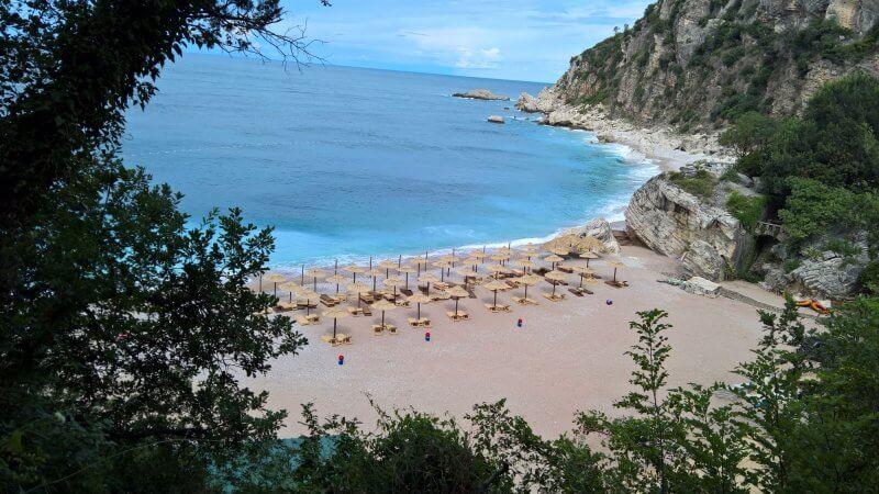 Пляж Режевичи в Черногории
