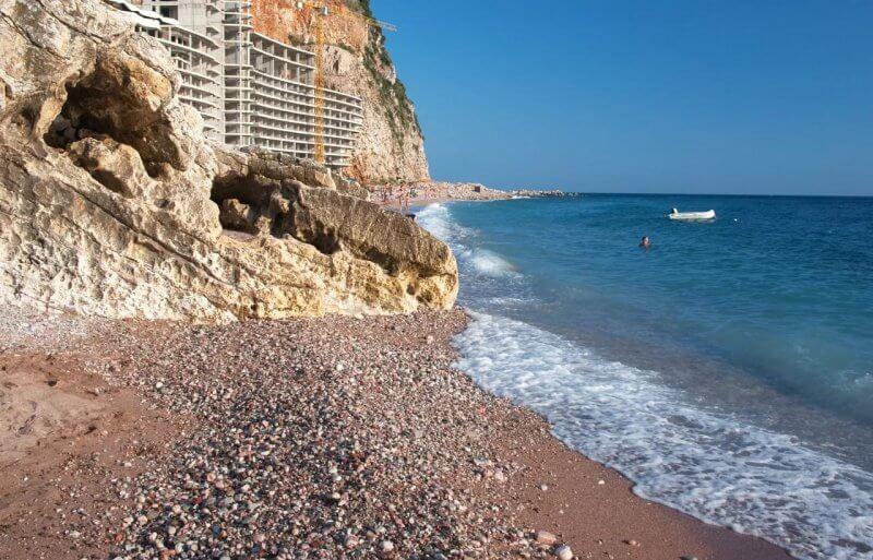 Пляж Перазича До в Черногории