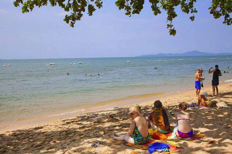 Пляж Доннгтан, Таиланд