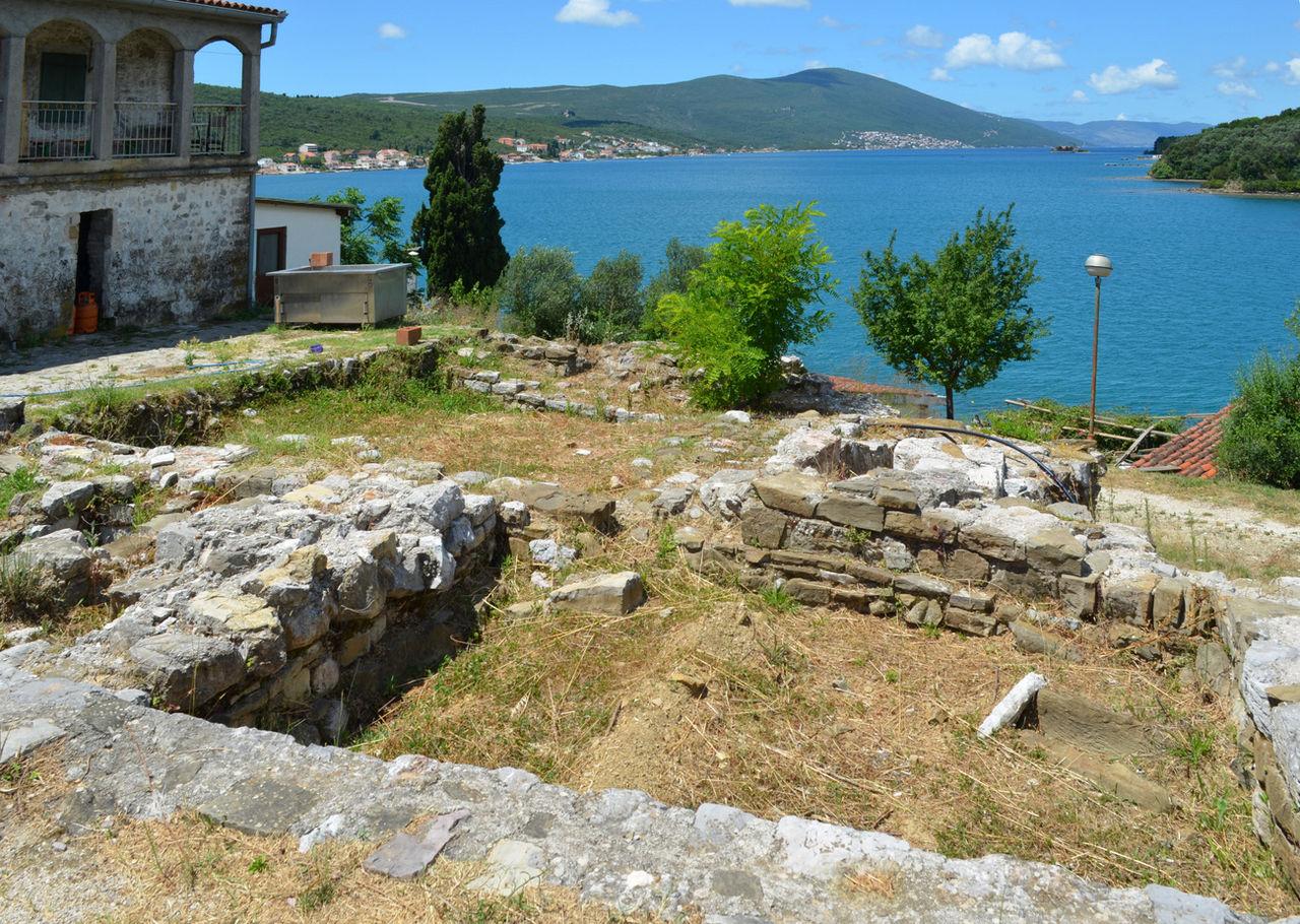 Руины монастыря Святого Архангела Михаила