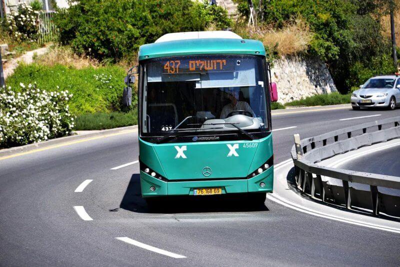Автобус в Тверии