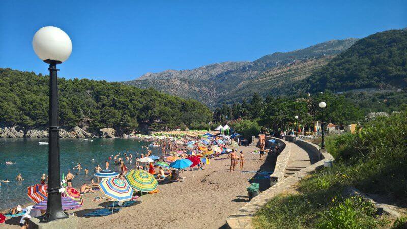 Пляж Лучице, Черногория