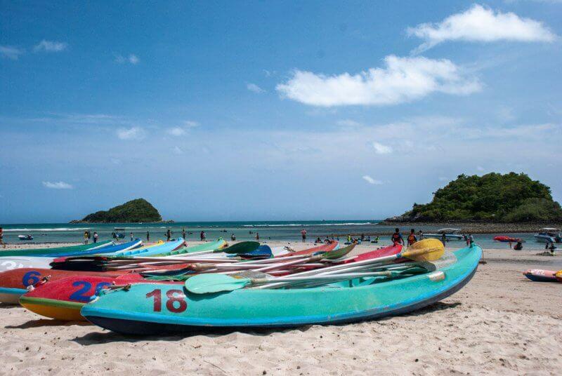 Каное в на пляже Паттайе