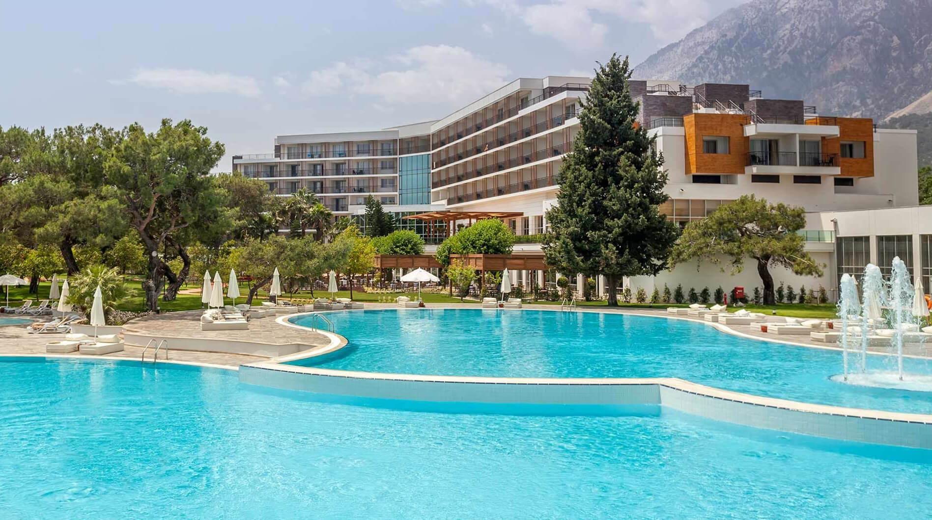 Отельный комплекс Rixos Sungate
