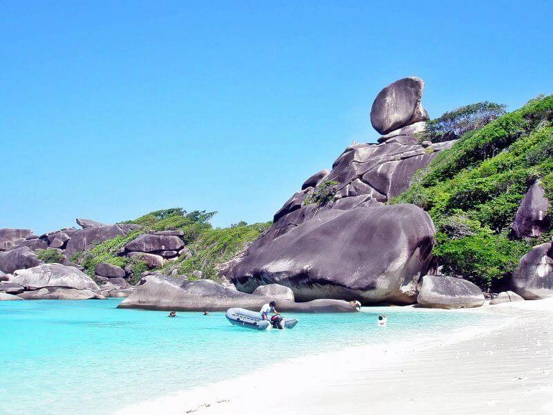Достопримечателньость Симиланских островов