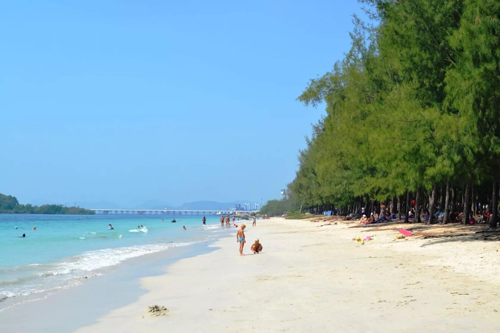 Тайская девушка пляж — photo 1