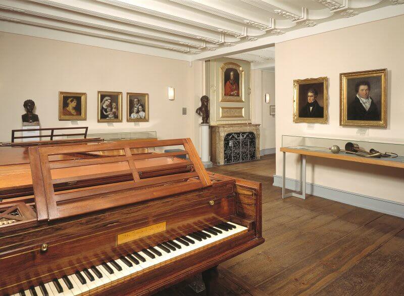 Рояль в доме Бетховена