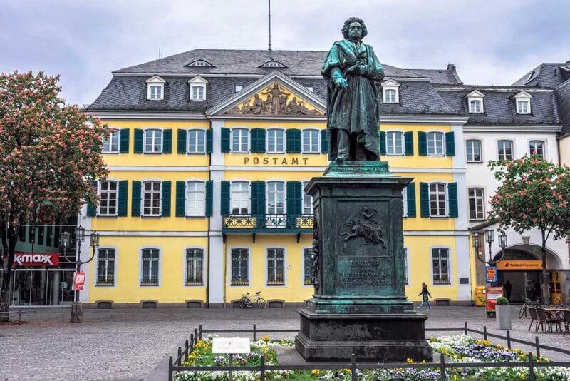 Статуя Бетховена