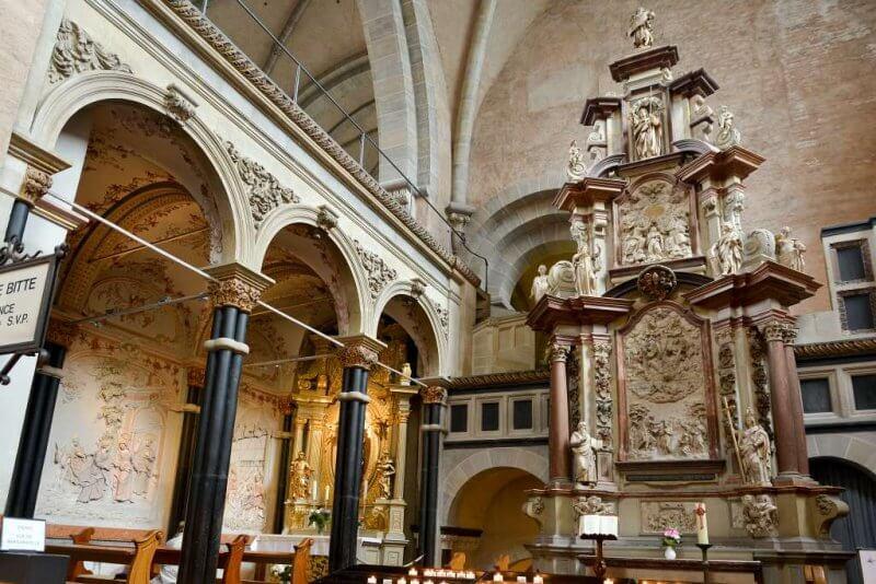 Кафедральный Собор Святого Петра внутри