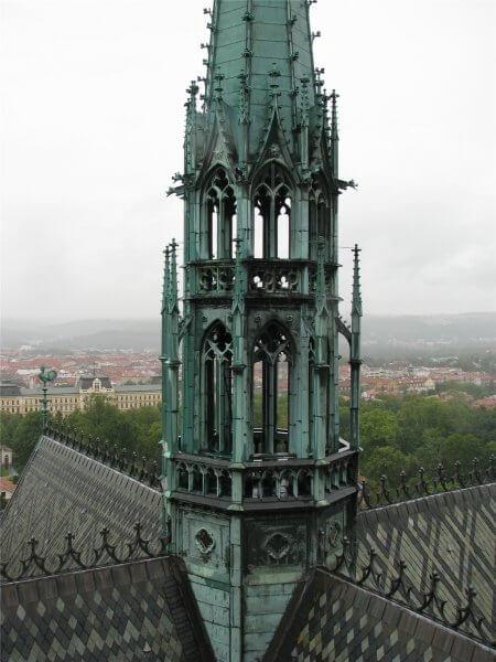 Южная колокольная башня