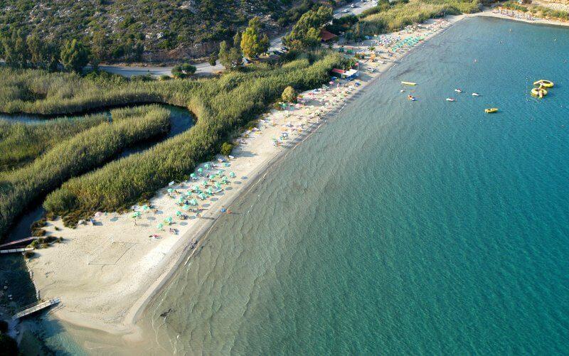 Пляж Альмирос