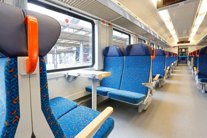 Вагоны в поездах