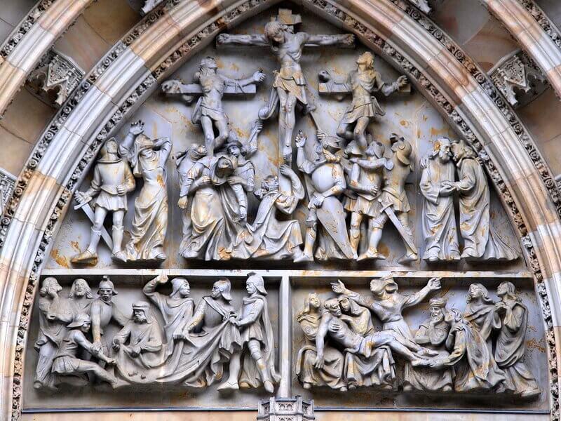 Фасад Собора Святого Вита