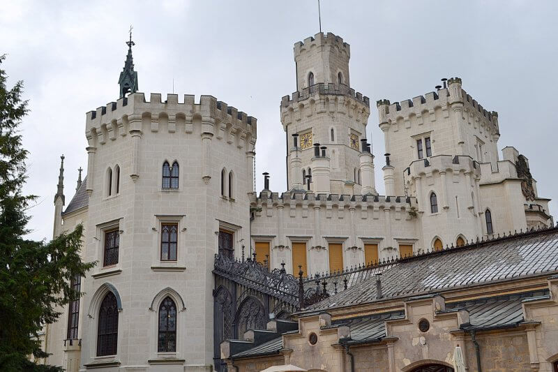 Замковая башня в замке Глубока-над-Влтавой