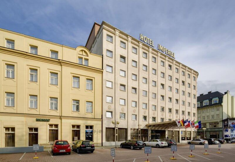 Отель в Оставе