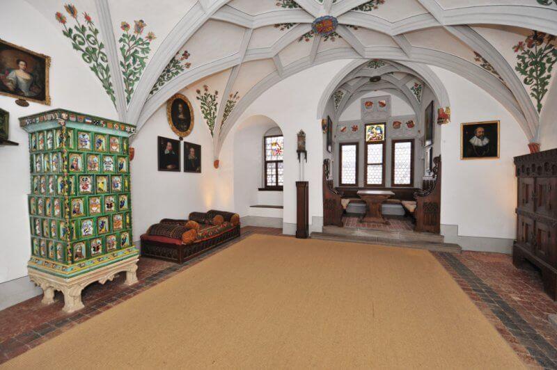 Холл в замке Эльц