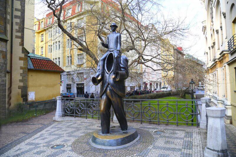 Монумент Франца Кафки