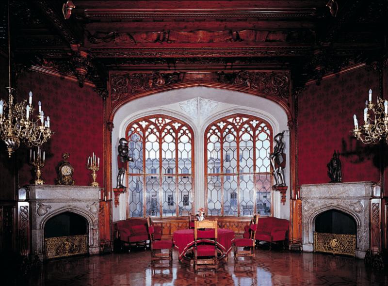 Окна в замке Леднице