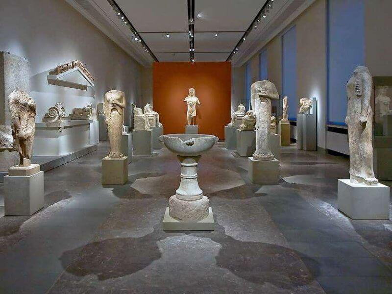 Зал со статуями в Пергамском музее