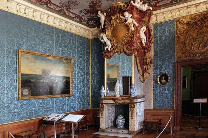Зал дворца Шарлоттенбург