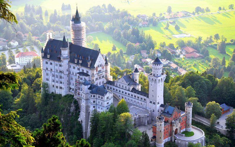 Вид на баварский замок