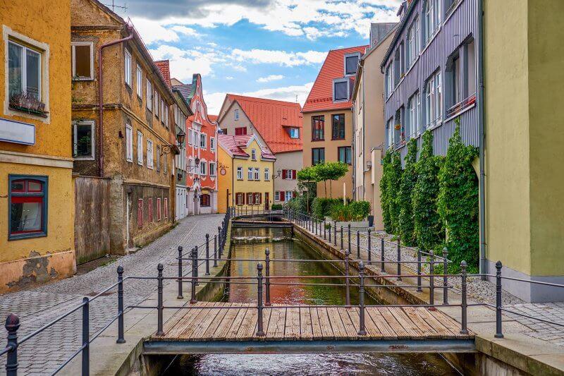 Набережная в Старом городе Меммингена