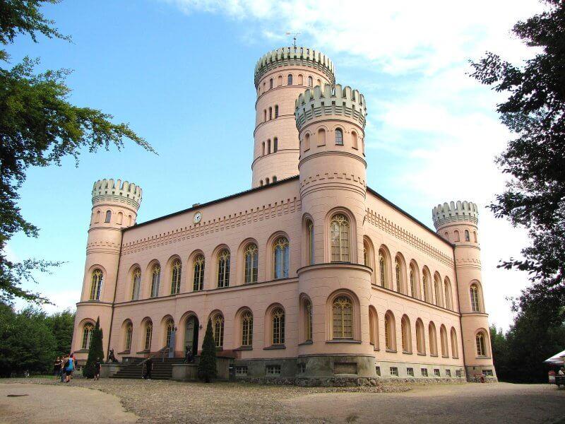 Охотничий замок Границ