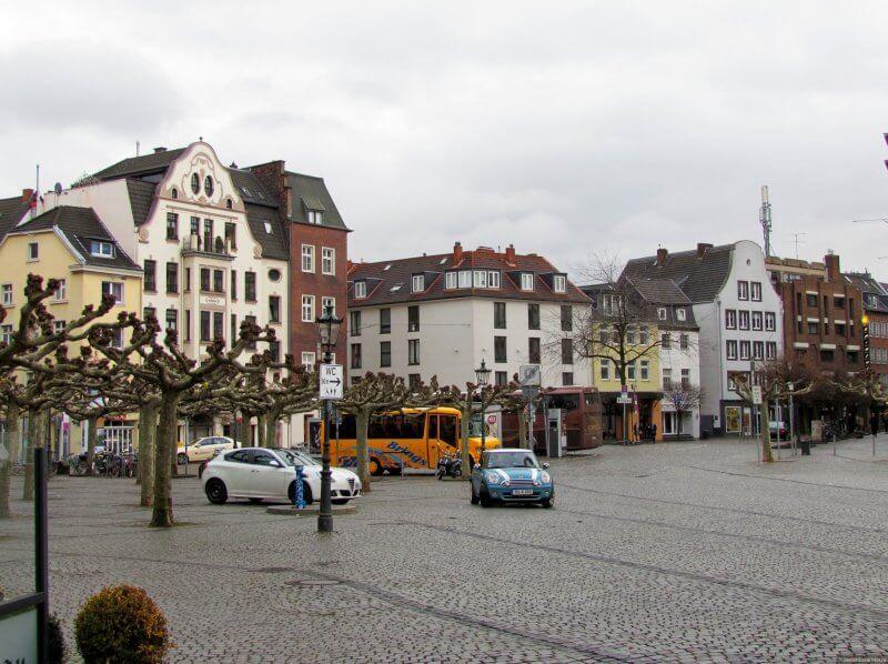 Бургплатц в Дюссельдорфе