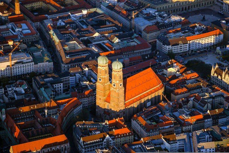 Вид на башни Мюнхена