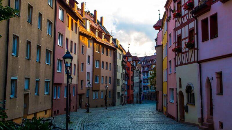 Разноцветные улицы