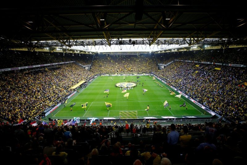 Футбольный стадион Signal Iduna Park