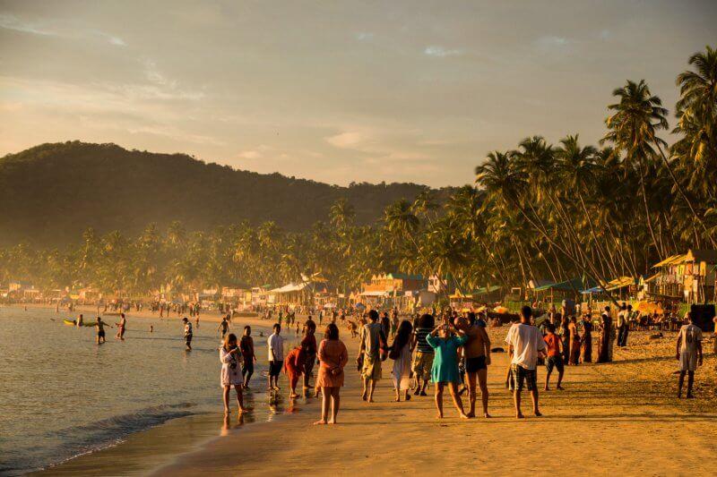 Закат на пляже Палолем