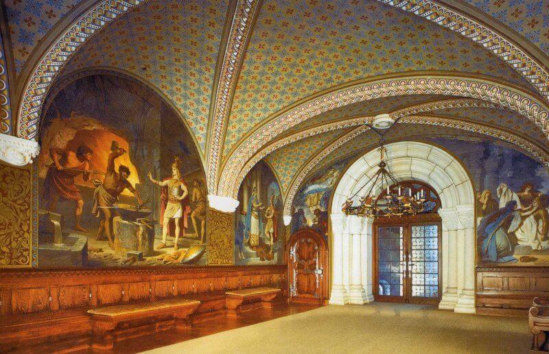 Комната в замке Нойшванштайн