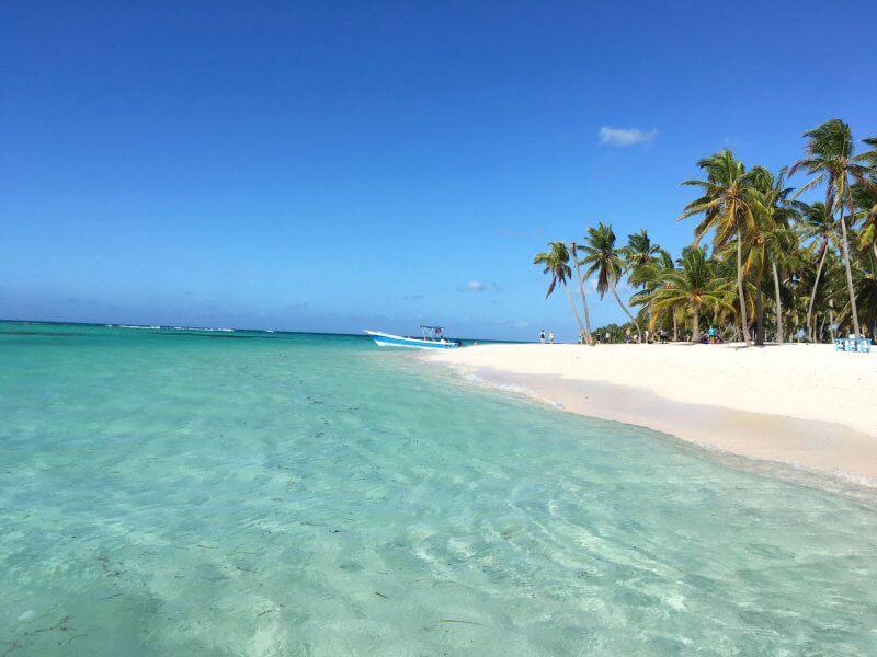 Вид на остров Саона