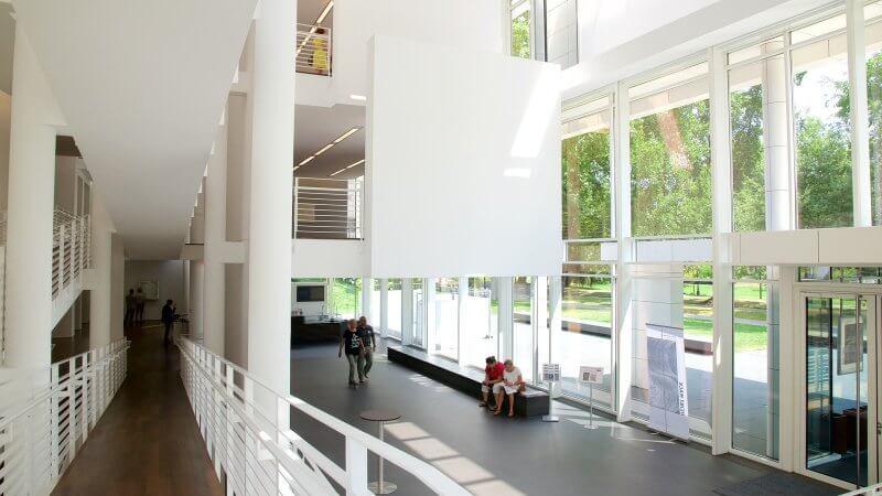Музей современного искусства Фридера Бурды