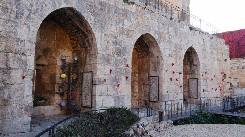 Вход в музей «Башня Давида»