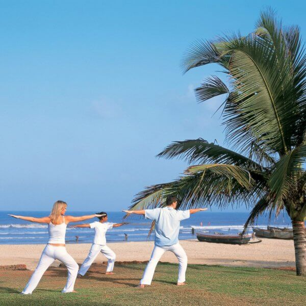 Йога в Бенаулиме
