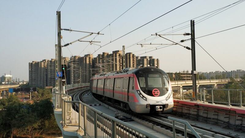 Наземное метро Нью-Дели