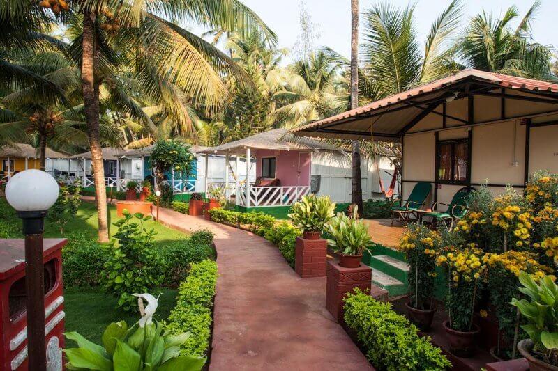 Отель на пляже Палолем