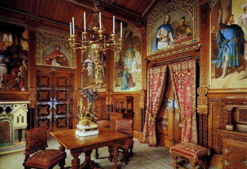 Покои в замке Нойшванштайн