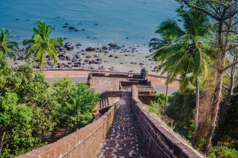 Форт Рейс Магос в Индии