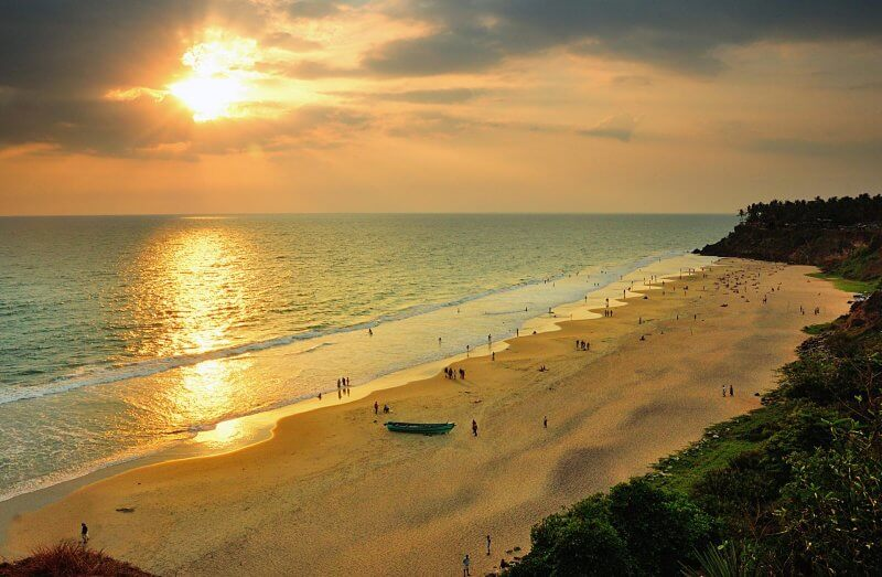 Закат на пляже Варкала