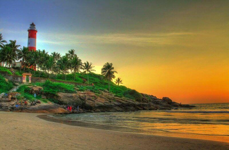 Вид на пляж Ковалам