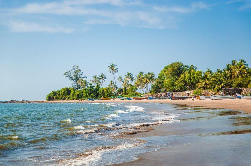 Вид на пляж Морджим