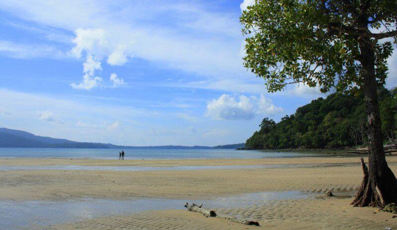 Пляж Карматанг