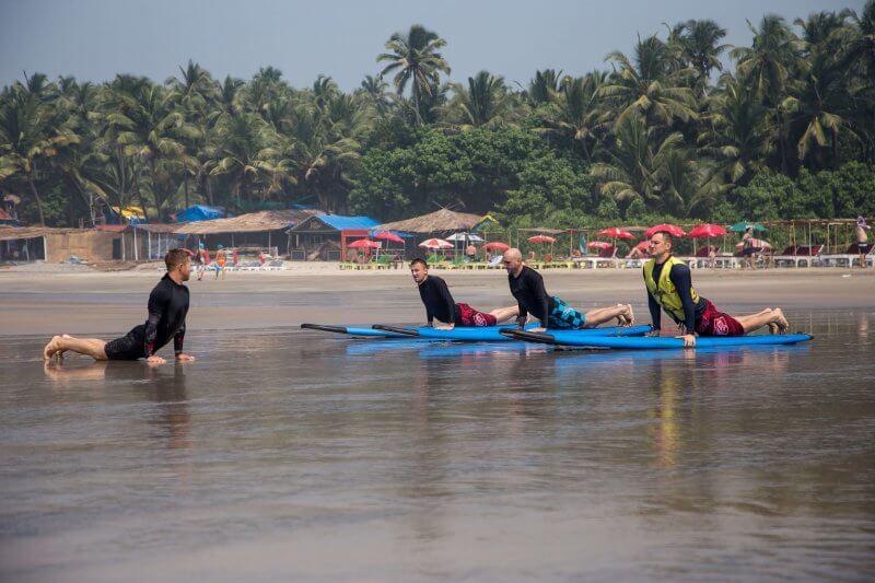 Школа серфинга в Ашвеме
